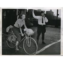 1947 Photo Cyclist Alexine Westhoff Passes Through Chicago on Way to NY