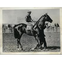 1932 Press Photo Galvan candidate for the English Derby owned by Sir Hugo HIrt