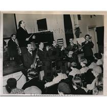 1939 Press Photo Phila Pa Vincent Lopez & band at State Hospital performance