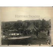 1920 Press Photo Army Offices Constructing Tents for Homeless in Newark