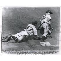 1955 Press Photo Giants Whitey Lockman out vs Phillies Marv Blaylock - nes04823