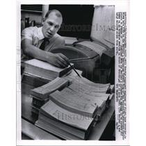 1965 Press Photo Bill trester, cognizant engineer of flight tape recorder.