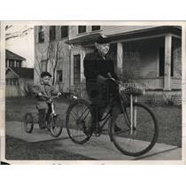 1948 Press Photo Fanny Noyes and Bobby Bourne on Bicycles in Oberlin Ohio