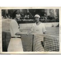 1923 Press Photo Margherita Strahler Congratulates Fumiko Tamura Tokyo