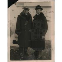 1922 Press Photo Major E Daly & Captain JH Dawson Members of American Relief Tea