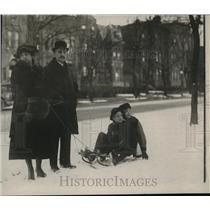 1919 Press Photo Ambassador Dr. Jacobo Varela of Uruguay and Mrs. Varela