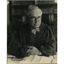 1925 Press Photo Judge Thomas J Lynch to try Shepherd case
