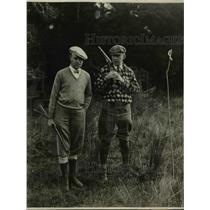 1930 Press Photo MH Aylesworth & John N Wheeler hunting in the Georgia jungles.