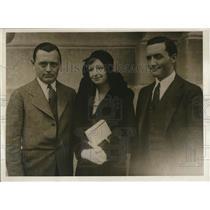 1930 Press Photo Curtis McCoskey, Mrs. Theodore McCoskey and Theodore McCoskey