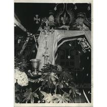 1923 Press Photo Casket of George Jay Gould arrive on SS Paris