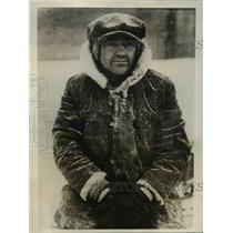 1931 Press Photo Frank Motus fisherman rescued by Coast Guard near Buffalo NY