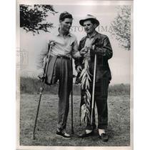 1952 Press Photo Blind Fishermen Henry Nollen and Gil Stevens Team Up