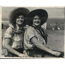 """1931 Press Photo Dorothy & Patricia Turner, """"Queen of the Rodeo"""" Contestants"""