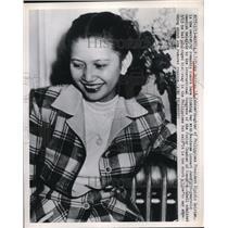 1950 Press Photo Manila Philippines Vicky Quirino daughter of President
