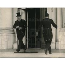 1921 Press Photo British Ambassador Sir Auckland Geddes leaving White House