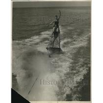 1928 Press Photo Geo Brock and Lucille Mead Aquaplaning at Catalina Island