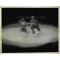 1937 Press Photo Ice Follies in NYC Naomi Proctor & Norris Wold