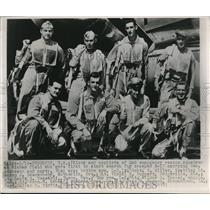 1947 Press Photo Pilots and Copilots of 2nd Emergency rescued for B-17 Crashed.