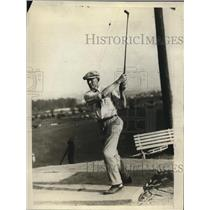 1925 Vintage Photo Pittsburgh Pirates pitcher Red Oldham golfing L.A.