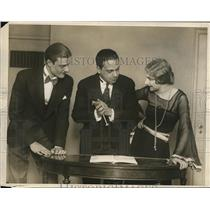 1937 Vintage Press Photo D'Ath Team learns Swizzle Dance from Lopes