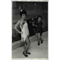 1969 Press Photo Mrs. James Stewart and Mrs. John Hardy Portland Oregon