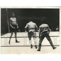 1927 Press Photo Jack Delaney wins bout on Paulino Uzcudun foul - nez15264