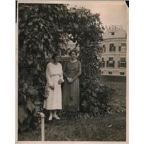 1919 Press Photo Ladies Rachel & Dorothy Cavendish, Duke of Devonshire Daughters