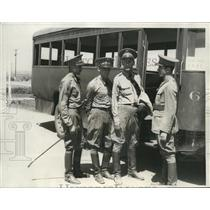 1932 Press Photo About To Board Bus For Training Field Riviera Country Club