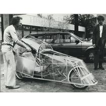 1984 Press Photo Physician Klaus Lidwig with a Rain-Proof Tricycle