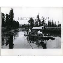 1969 Press Photo View of 1 of the canals of Xochimilco