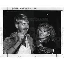1989 Press Photo Sam and his wife Sherrie Mckibben arrive at Hopkins Airport