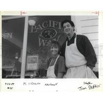 1989 Press Photo John and Lisa Allen at their Pacific Way Bakery and Cafe