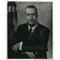 1985 Press Photo New nanned spacecraft center test pilot James A. McDivitt