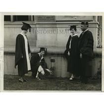 1930 Press Photo Annual & time-honored ceremony of Ivy Planting at Barnard