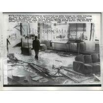 1962 Press Photo Freight office of Air France turned to rubble - nee00446
