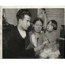 1929 Press Photo Baby Doris Virginia Murphy reunited with her mother Mrs. Murphy
