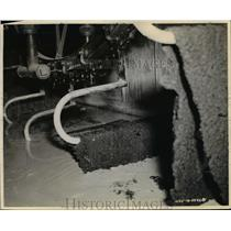 1942 Press Photo Synthetic Rubber Manufactured at Goodyear Tire Company