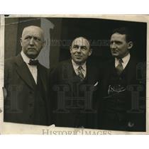1925 Press Photo Deputy Sheriff John H. Kellerher & Walter Shean - nee01648