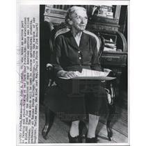1953 Press Photo Mrs.John S.Joseph,established $100,000 funds for education