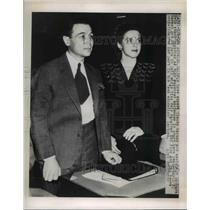 1949 Press Photo Claude Marsan and Barbara Weir in Court
