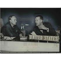 1953 Press Photo US Ambassador Henry Lodge & Britains Sir Gladys Vess at UN