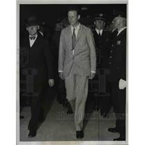 1934 Press Photo Aviator Charles A. Lindbergh, H. Norman Schwarzkopf at Court