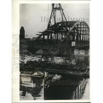 1932 Press Photo Bridge being constructed, River Elbe at Tangenmuende Germany