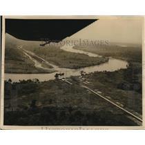 1956 Press Photo aerial view Atlantic Railroad bridge, Magdalena River