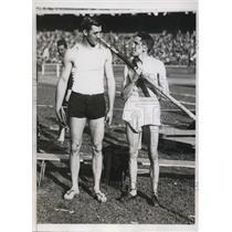 1934 Press Photo M Zori & JA McWilliams pole vaulters at Penn Relays - nes26326