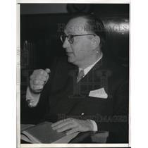 1941 Press Photo La Calif Joseph N Ermolieff for his play I Solemly Swear