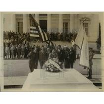 1926 Press Photo Legionaires at Tomb of Unknown Soldier E Petit, G Kearns
