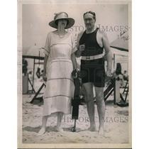 1921 Press Photo Socialites Mrs. Oliver Perrin, James W. Gerard Vacationing