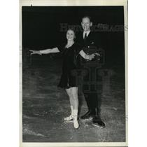 1938 Press Photo Nettie C Prantell & Harold Hartshorne Figure Skating