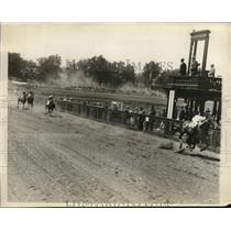 1926 Press Photo Green Dragon wins Brookline Country Club race, South Breeze 2nd